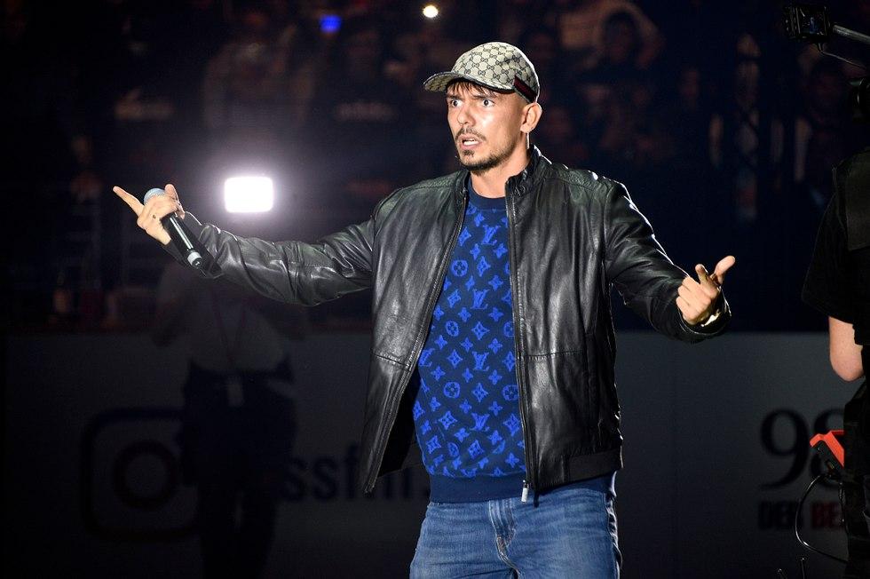 Lebensgefahr: Rap-Superstar Capital Bra vor Karriere-Aus!