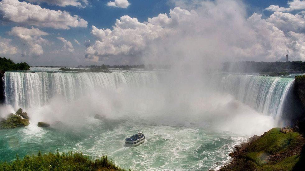 Was Forscher fanden, als sie die Niagarafälle trocken legten