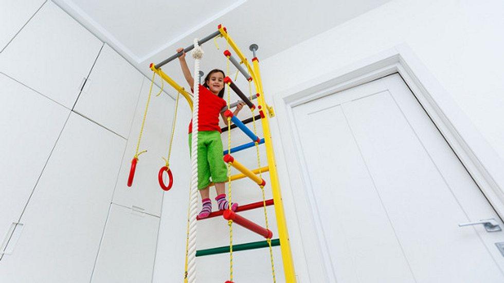 Sprossenwand Kinderzimmer - Spaß und sportliche ...