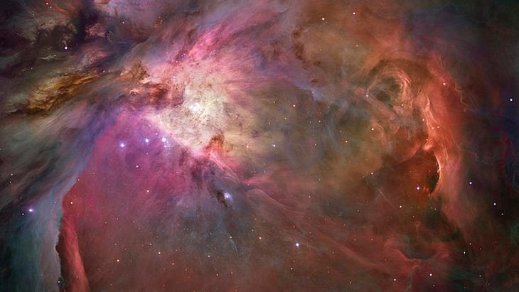 Tausende Sterne bilden sich in dieser Wolke aus Gas und Staub des Orion-Nebels