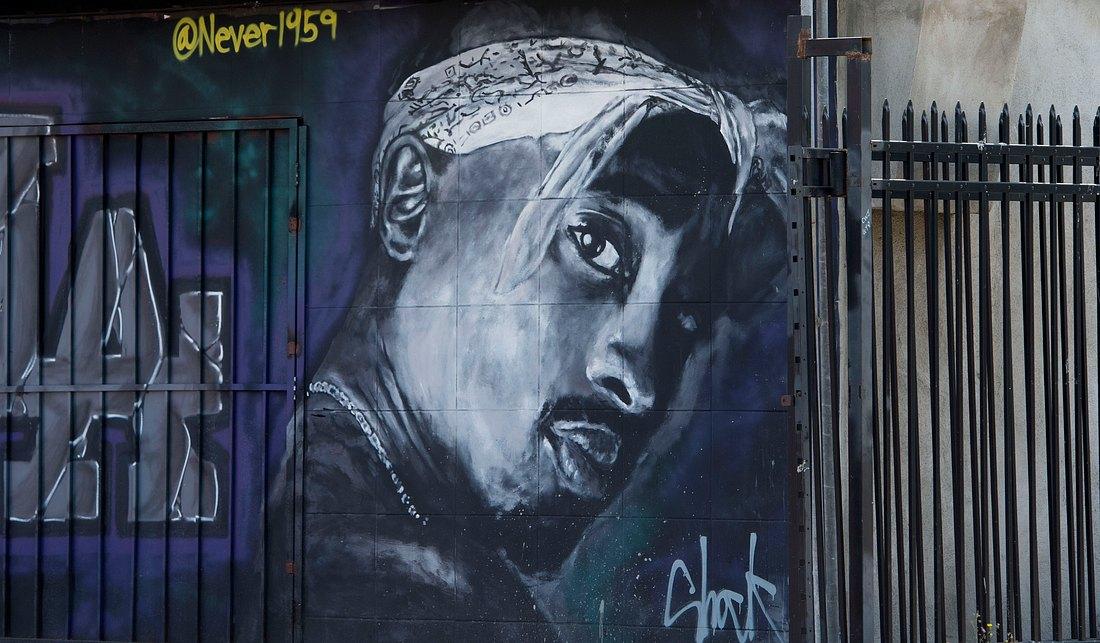 Wandmalerei mit 2Pac als Motiv