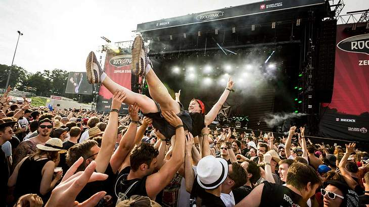 Crowd-Srufing bei Rock im Park