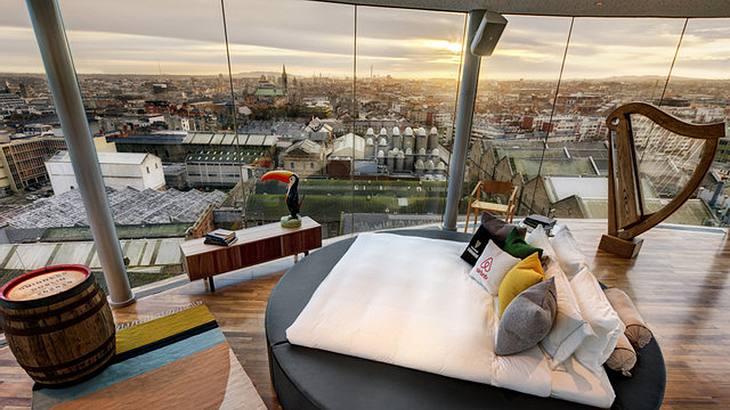 Guiness & Airbnb verlosen eine Übernachtung für 2 Personen im Brauerei Storehouse in Dublin