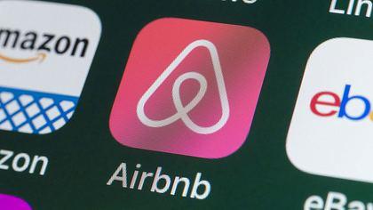 Beichte: Airbnb-Gastgeber filmt seine Gäste heimlich beim Sex