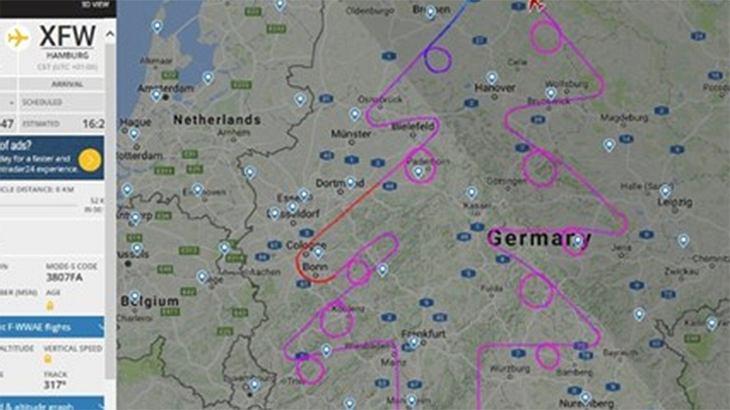 Airbus A380 fliegt Weihnachtsbaum in die Luft