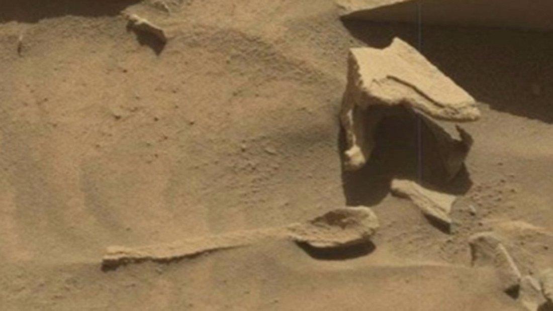 nasa-entdeckt-alien-loeffel-auf-mars