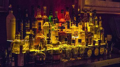 Studie belegt: Alkohol trinken macht glücklich