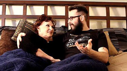 Teenager (19) heiratet 72-Jährige: So war unser erster Sex