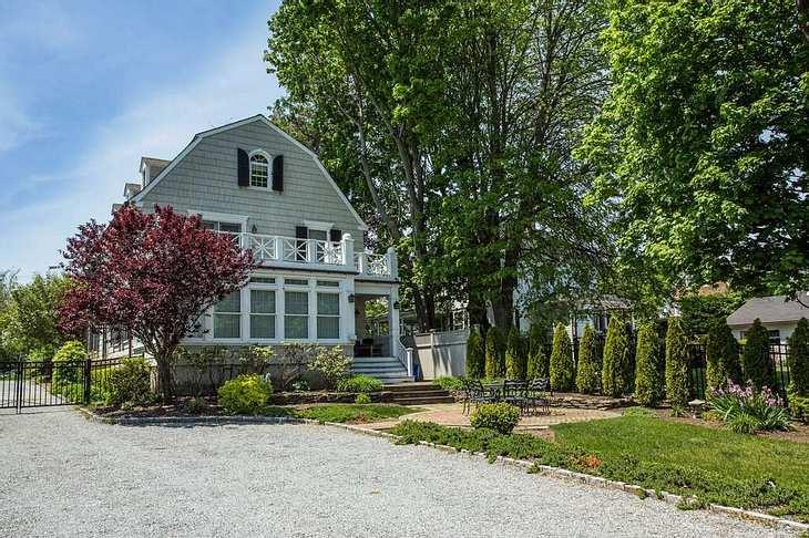 Das ehemalige Haus der Familie DeFeo in Amityville auf Long Island