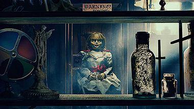 Annabelle 3: Die Horror-Puppe kehrt im zweiten Trailer zurück
