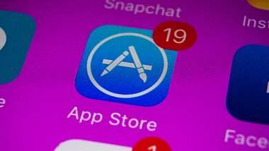 Weihnachtsüberraschung im AppStore - Foto: iStock/DKart