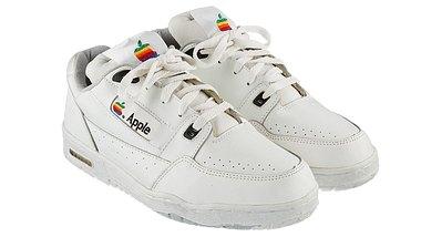 Apple-Retro-Sneaker: Air Force 1 trifft auf 90er-Mcintosh - Foto: Heritage Auctions