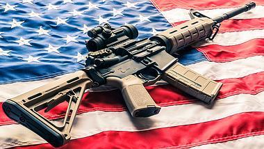 Halbautomatisches Sturmgewehr AR-15 - Foto: iStock / kenlh
