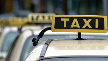 Corona: Deutsche Großstadt macht Taxifahrten für Hilfspersonal kostenfrei