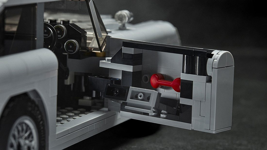 Viele Gadgets auch im LEGO-Modell des DB5