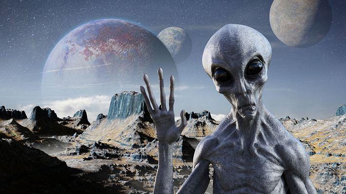 Auf der Suche nach Aliens - Foto: iStock / dottedhippo / BWFolsom (Collage Männersache)