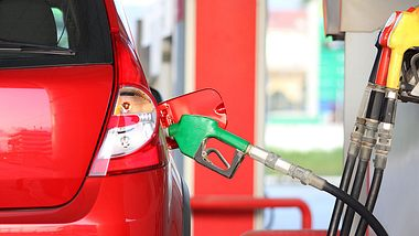 Neue CO2-Steuer: So viel müssen Autofahrer bald mehr bezahlen