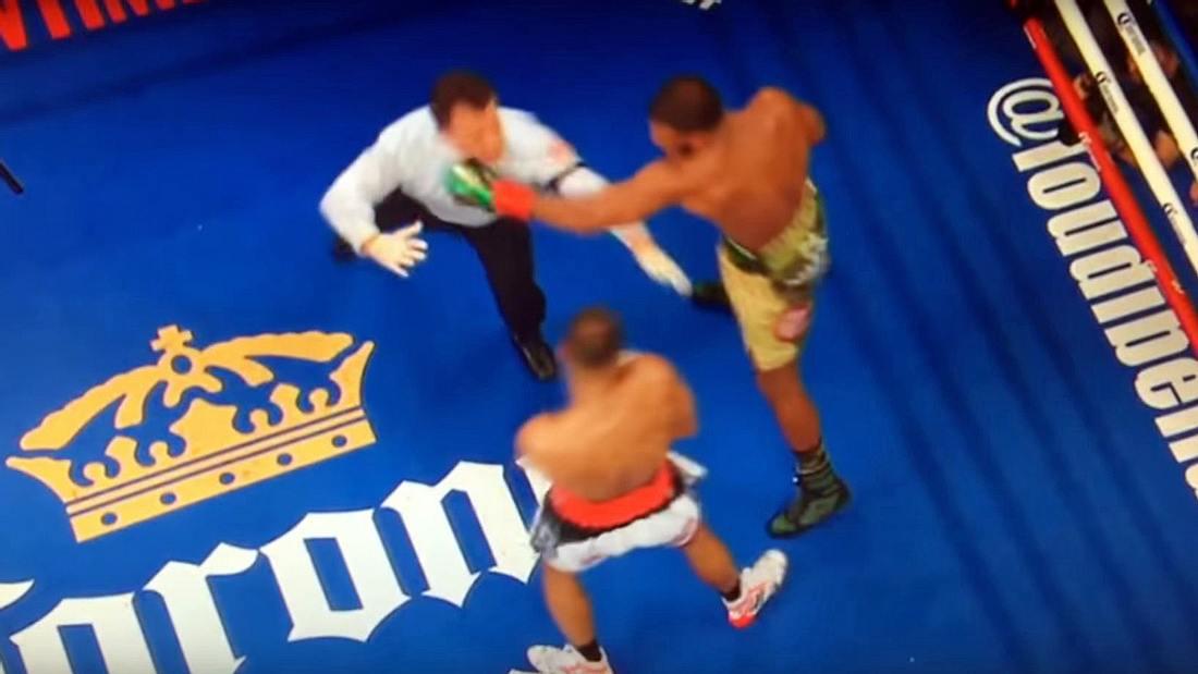 Box-Weltmeister Badou Jack schlägt Ringrichter Arthur Mercante zu Boden