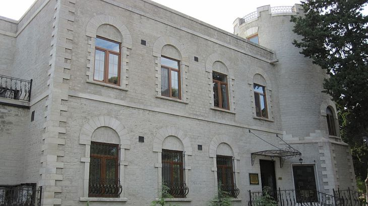 Villa Petrolea in Baku