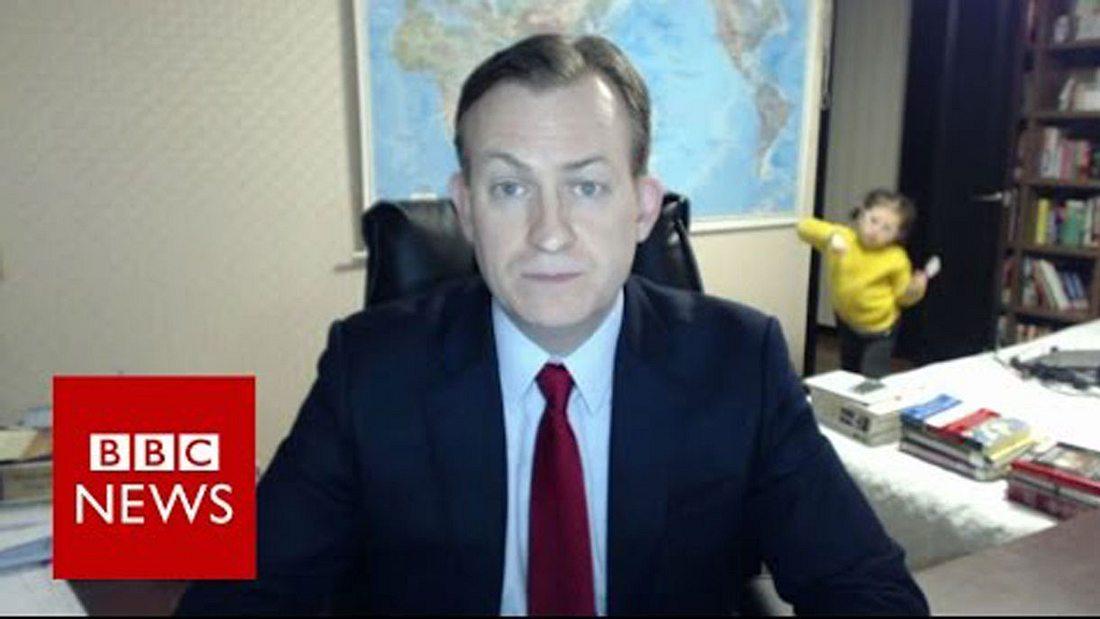 BBC-Reporter Robert E Kelly wurde bei einem Live-Interview von den eigenen Kindern gestört