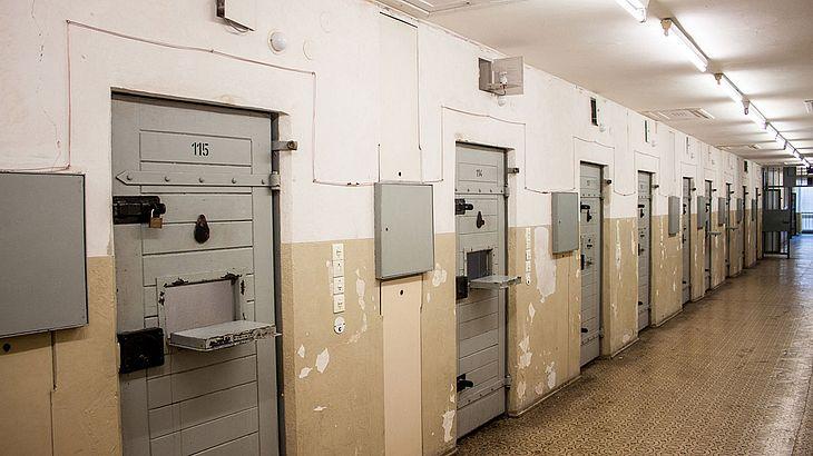 Berlin will neue Wege im Strafvollzug gehen (Symbolfoto).