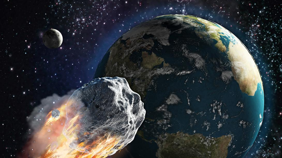 Asteroid rast Richtung Erde - Foto: iStock/adventtr