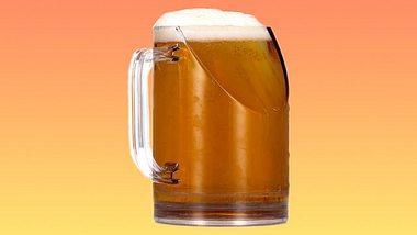 Bierglas garantiert einen ungetrübten Blick aufs TV