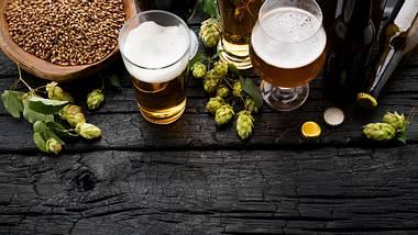 Biergeschenke für Männer: Bier selber brauen - Foto: iStock/ Rouzes