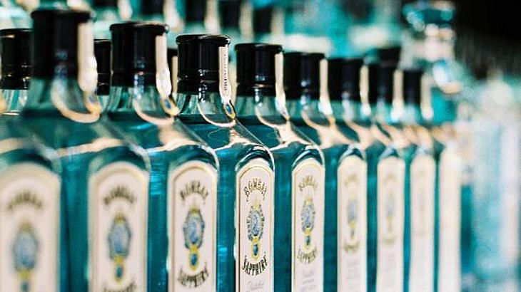 Kanadische Behörden haben den Bombay Sapphire Gin von Bacardi wegen 77 Prozent Alkoholgehalt zurückgerufen