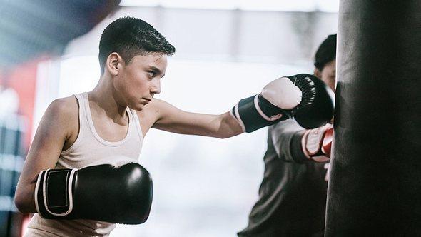 Boxsack für Kinder: Die besten Modelle für Nachwuchsboxer