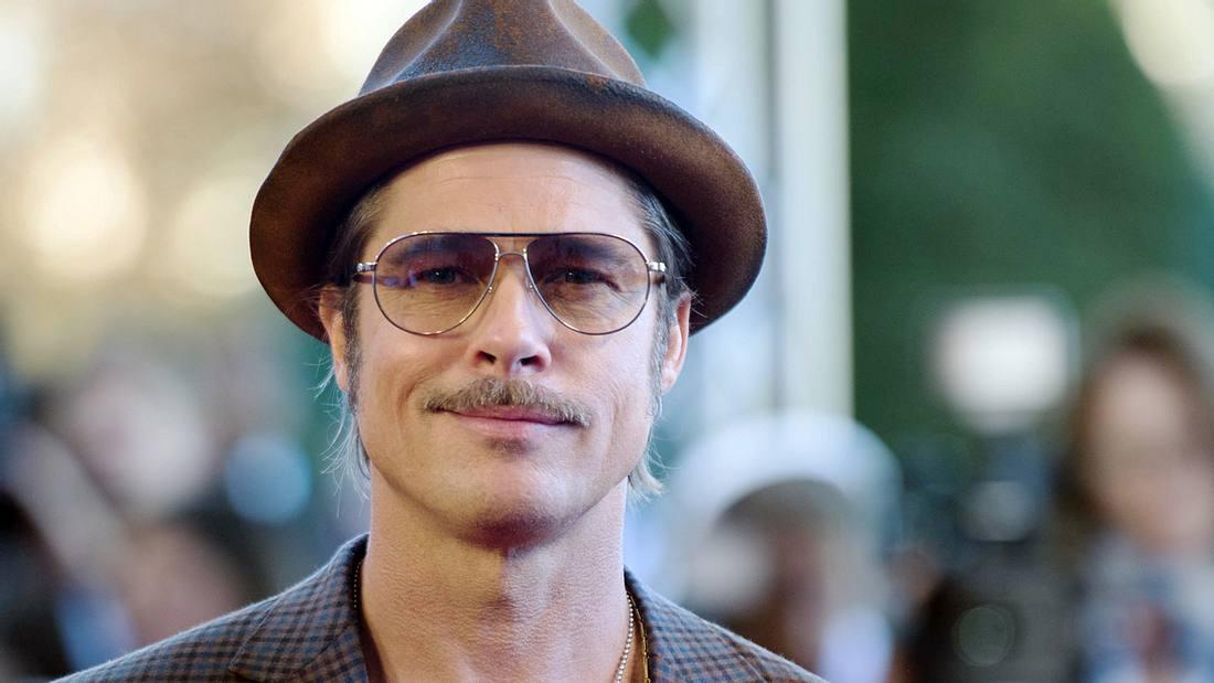 Brad Pitt machte den Schnurrbart mit seinem Auftritt in Inglourious Basterds wieder salonfähig ...