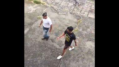 Brasilien: Kampfsport-Trainer verprügelt Ex-Schüler. - Foto: Twitter/guicruzzz