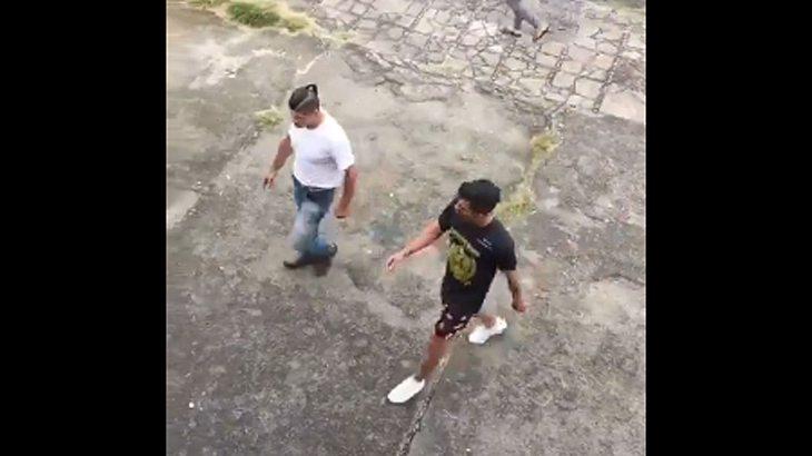Brasilien: Kampfsport-Trainer verprügelt Ex-Schüler.