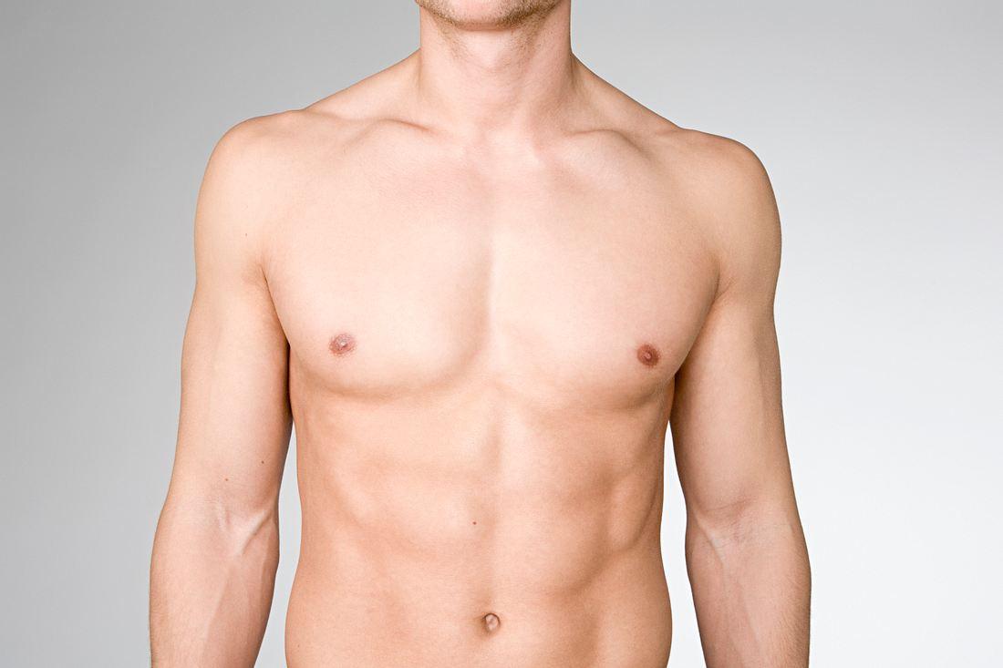 Brust eines Mannes
