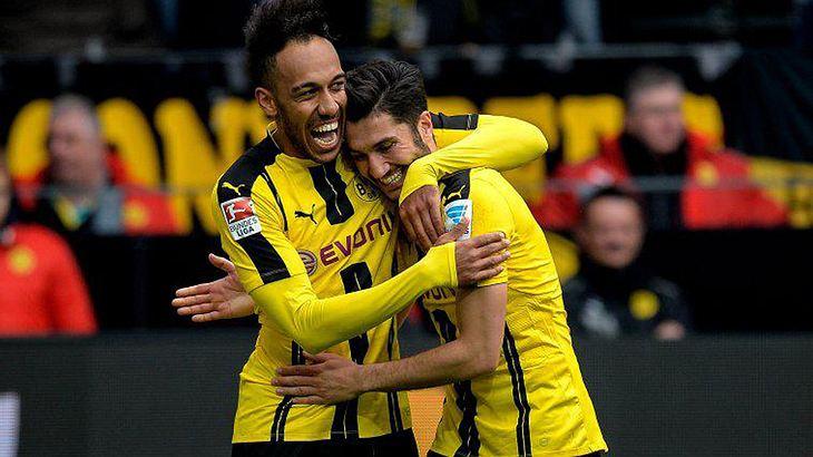 """""""Borussia Dortmund""""-Fans müssen sich bei erfolgreicher Qualifikation für die Königsklasse wohl zukünftig ein Champions League-Abo besorgen"""