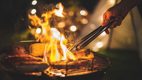 Campinggrill - Foto: iStock / Peera_Sathawirawong