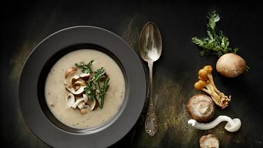 Champignonsuppe-Rezept: So einfach gehts  - Foto: iStock / Floortje