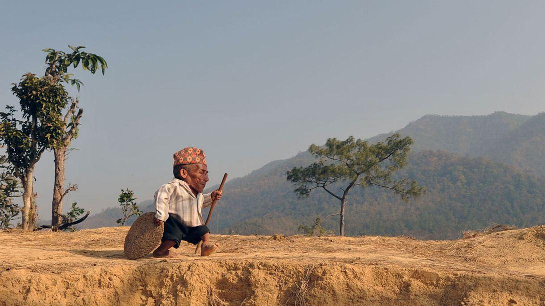 Der kleinste Mann der Welt - Foto: Getty Images / PRAKASH MATHEMA