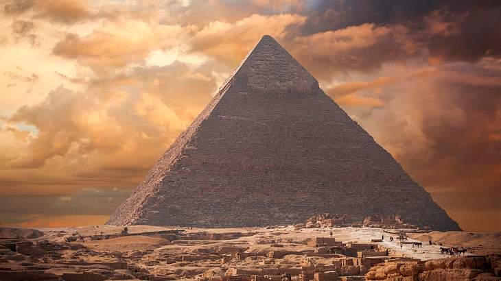 Die Cheops-Pyramide gibt den Forschern bis heute Rätsel auf