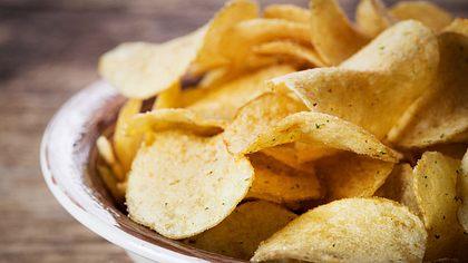 Nie mehr knusprig? EU reguliert Produktion von Chips und Pommes
