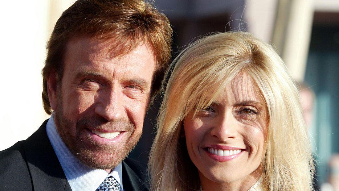 Chuck Norris mit Frau Gene OKelley 2004