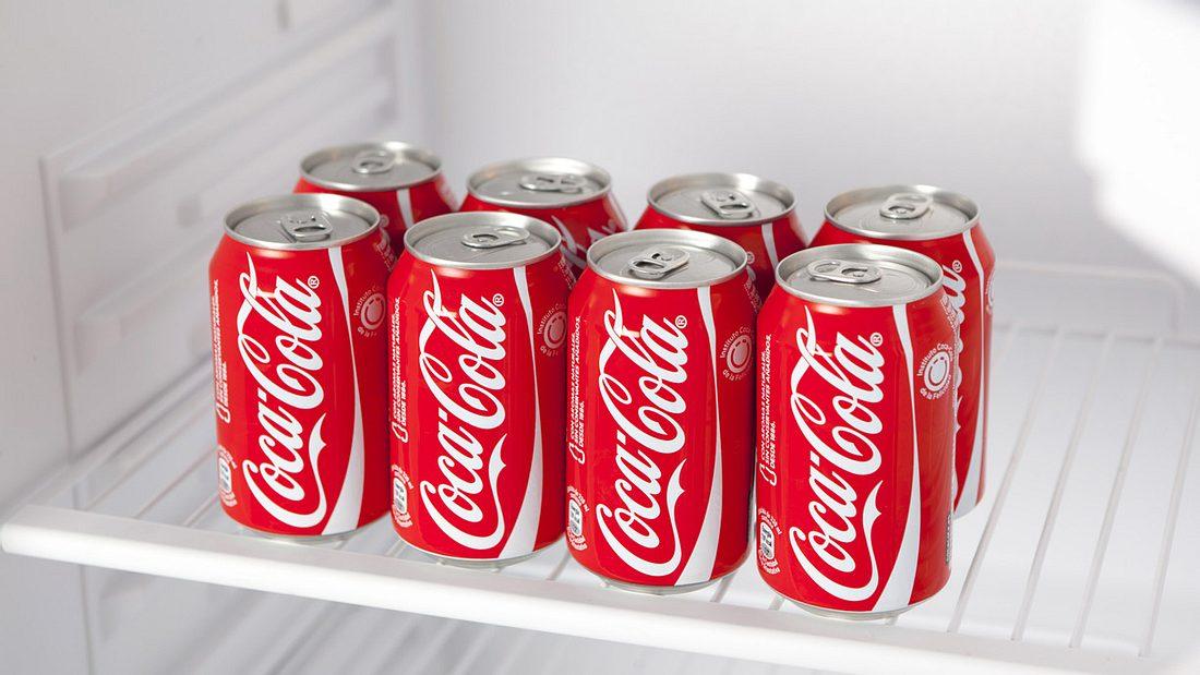 Das passiert mit deinem Körper, wenn du Cola einen Monat lang trinkst