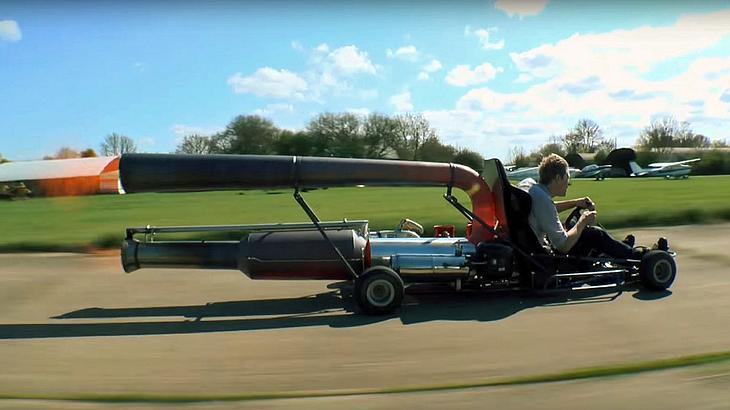 Colin Furze hat ein Raketentriebwerk auf sein Go-Kart montiert