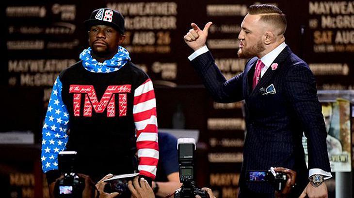 Mayweather vs. McGregor: The Notorious hat auf seinem Anzug eine versteckte Botschaft für Money platziert