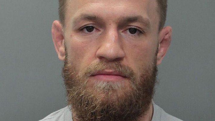 Conor McGregor wurde in Miami festgenommen. - Foto: Twitter/MiamiBeachPD