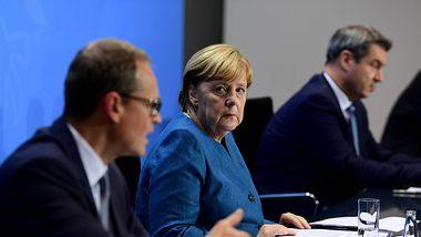 Michael Müller, Angela Merkel, Markus Söder - Foto: GettyImages/ Pool