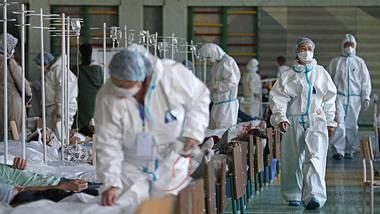 Corona-Patienten im Krankenhaus  - Foto: iStock/Azamat Imanaliev