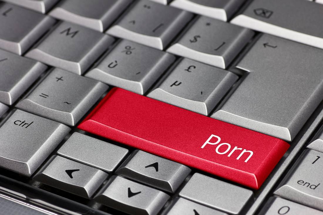 Rote Porno-Taste auf Computertastatur