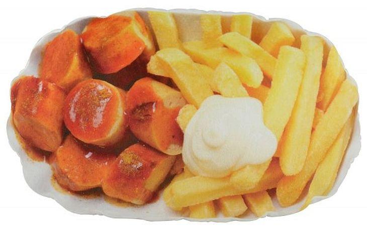 Das Currywurst-Pommes-Kissen gibt es auf Amazon