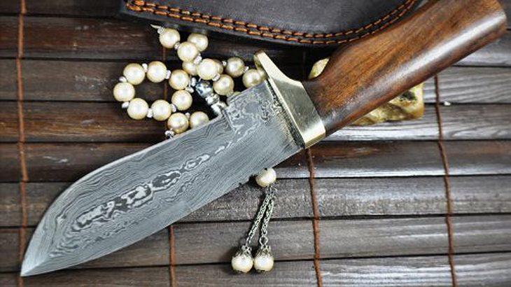 Damast Jagdmesser mit Lederscheide